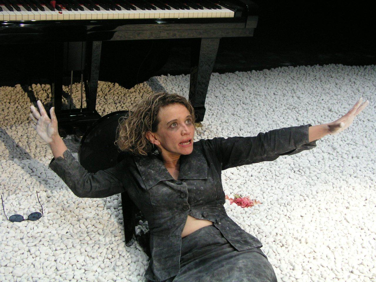 Bettina Kaminski in EINE FRAU GRIECHISCHER HERKUNFT © Mischa Goldmann